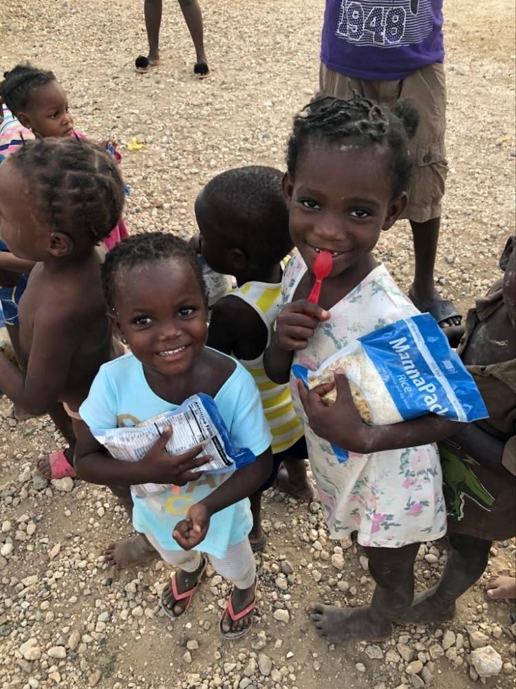 feeding-the-hungry-cbu-haiti (1)